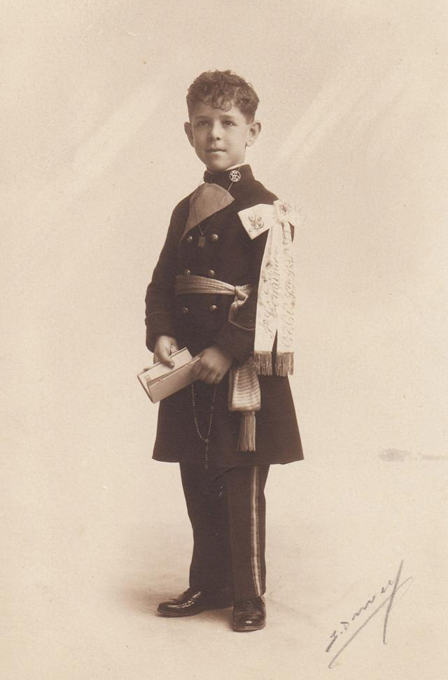 Retrato de Luis, el día de su Primera Comunión. Colección García Berlanga.